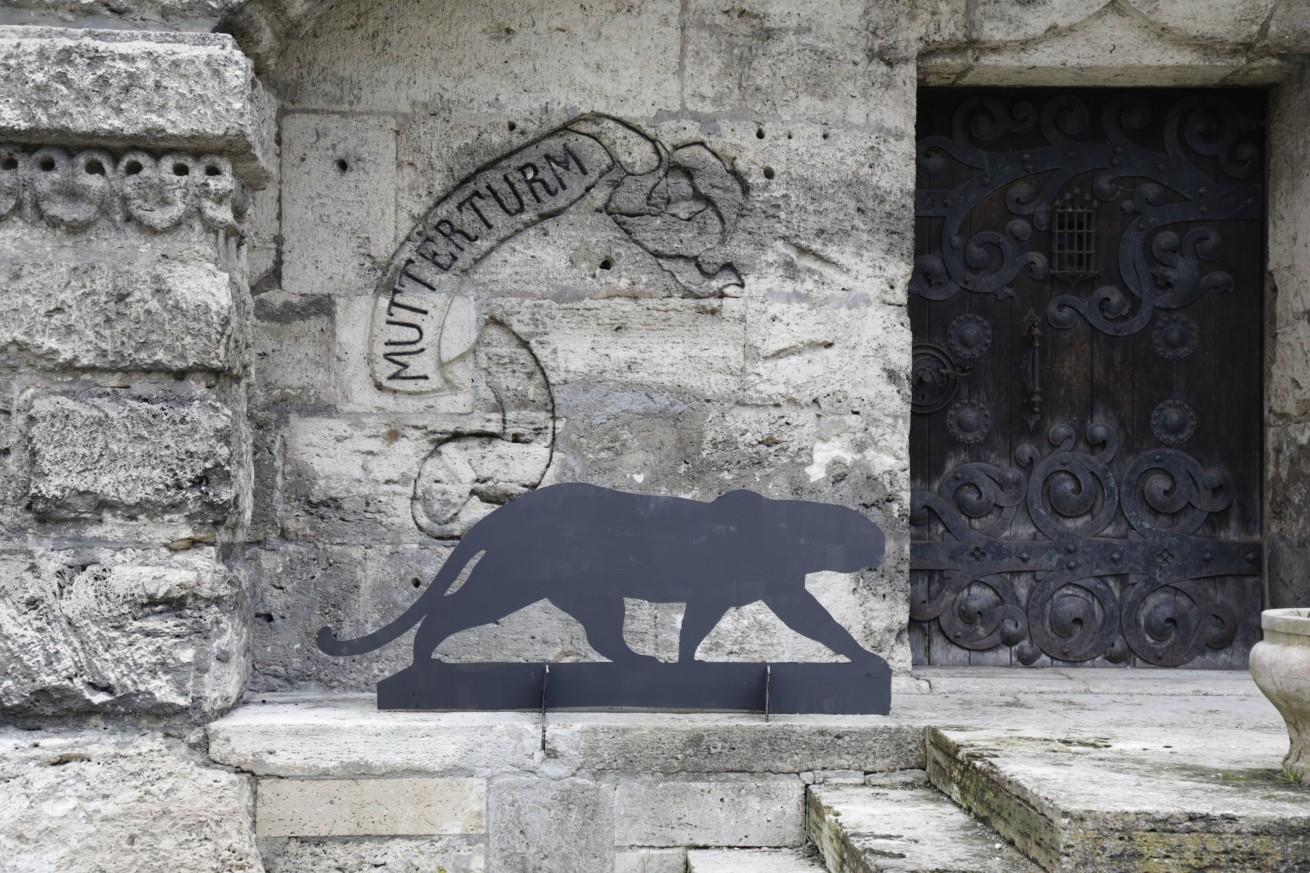 Der Panther am Mutterturm